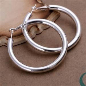LQ-E149 LARGE HOOP EARRING